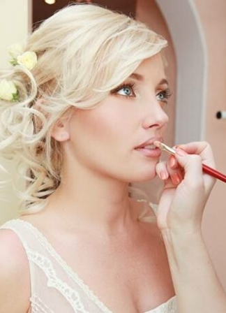 John John hair salon Curacao bridal makeup